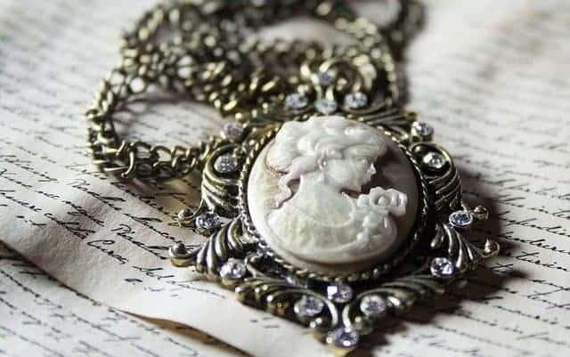 Estate Jewelry - Heirlooms - Vintage Jewelry - Antique Jewelry