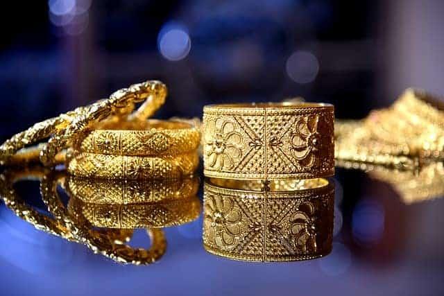 Gold jewelry buyer in Scottsdale